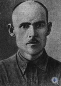 И. А. Гаврилов, И. М. Дубовик — активные участники борьбы за установление и укрепление Советской власти в городе Александровске.