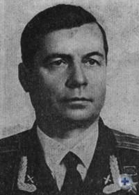 Герой Советского Союза подполковник авиации С. И. Маковский — уроженец города Запорожья. 1967 г.