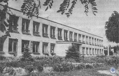 Новая школа в Магдалиновке. 1976 г.