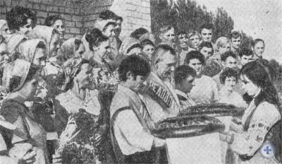 Чествование в Новомосковске победителей соревнования на уборке урожая. 1976 г.