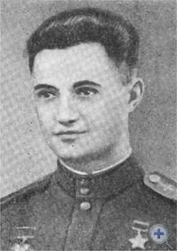 С. П. Дейнека — уроженец села Хорошего, Герой Советского Союза.