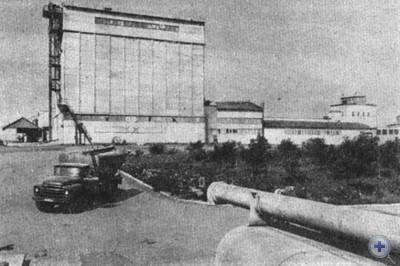 Комбикормовый завод. Кривое Озеро, 1980 г.