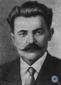 Члены первого Молочанского ревкома в 1917 г.: В. Г. Писклов (председатель), В. А. Швальбе (заместитель), Н. Г. Иржавский (секретарь). Молочанск, фото 1917, 1918, 1930 гг.